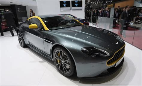 custom aston martin aston martin v8 vantage n430 shows off its custom colors