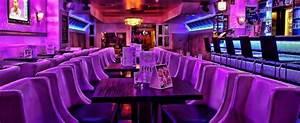Dolce Vita Puff : destil caf bar lounge k ln ~ Frokenaadalensverden.com Haus und Dekorationen