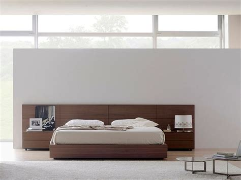 tete de lit design t 234 te de lit en bois massif omen by treku design tarte