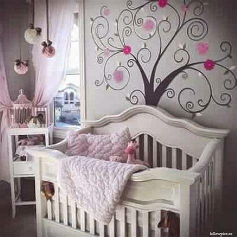 chambre bebe gris decoration chambre fille et gris
