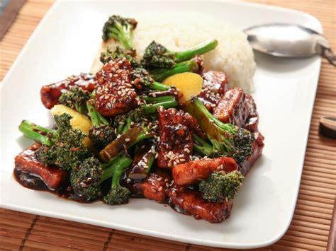 comment cuisiner des brocolis recette brocolis toutes nos recettes délicieuses pour un