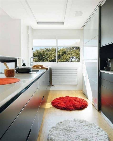 tapis pour cuisine tapis cuisine décoration parfaite pour votre espace 22 idées