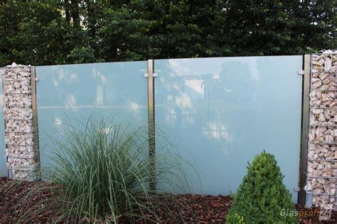 Sichtschutz Garten Milchglas by Sichtschutz Aus Glas F 252 R Den Garten Glasprofi24