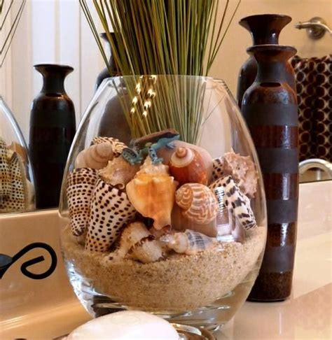 Decorating Ideas Using Seashells by 105 Best Images About Sea Shells Sand In Vases On