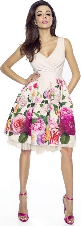 Kartes-moda kartes moda sukienka z tiulem w róże km223