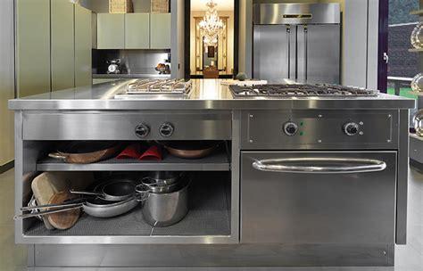 cuisine inox sur mesure 10surdix cuisine atelier acier inox laque vert sur mesure 10surdix