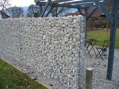 Sichtschutz Garten Erlaubt by Steinmauer Als Blickfang Und Sichtschutz Im Garten 40 Ideen