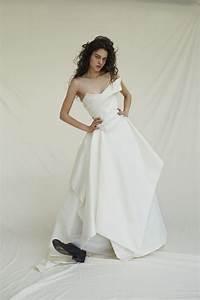 Get Carrie Bradshaw Wedding Dress Ideas On Pinterest ...