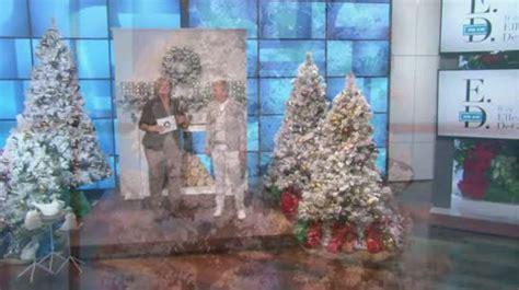 ellen degeneres christmas trees ed on air santa s best 5 flocked spruce tree by degeneres h204017 qvc