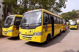 एसडीएम ने किया स्कूल बसों का औचक निरीक्षण - sdm did ...