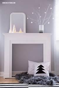 Kaminumrandung Selber Bauen : weihnachtsdeko kaminumrandung adventskranz aus beton ~ Lizthompson.info Haus und Dekorationen