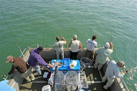 Fishing Boat Uk by Boat Fishing In The Uk A Guide Boats