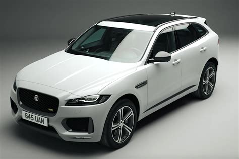 jaguar  pace  sport  chequered flag editions