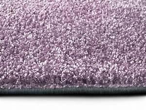 Teppich Läufer Lila : hochflor teppich in lila ~ Markanthonyermac.com Haus und Dekorationen