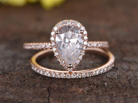 1 5 carat pear shaped moissanite engagement ring set