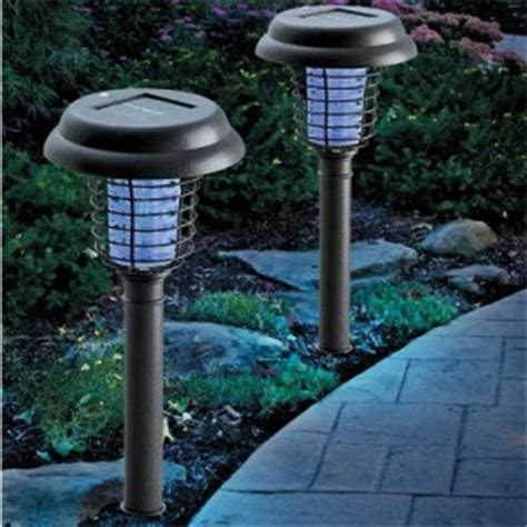 decorating with solar patio lighting