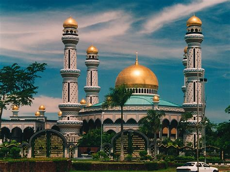 Mosque Wallpaper by Beautiful Mosque Wallpaper Islamic Wallpapers