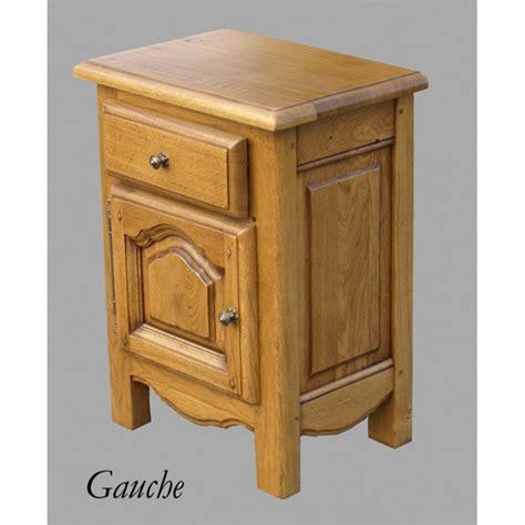 le de chevet chambre adulte chevet chambre une table de chevet coulissante pour une