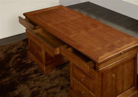 bureau ministre bois massif bureau ministre 9 tiroirs zoé en merisier massif de style
