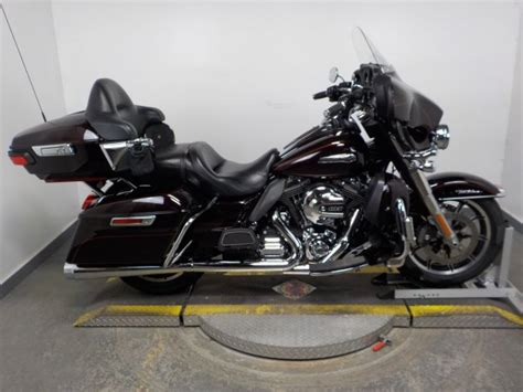 Harley Davidson Cvo Limited Backgrounds by Pre Owned 2014 Harley Davidson Electra Glide Ultra Classic