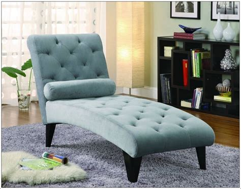 chaise longue interieur snug chaise lounges house interior designs
