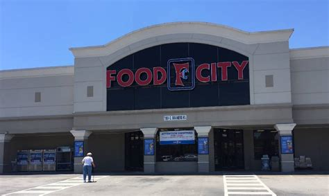 cuisine city food city to renovate east brainerd supermarket