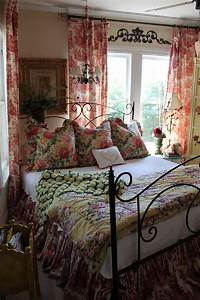 country bedroom decorating ideas French Country Bedroom Decorating Ideas and Photos