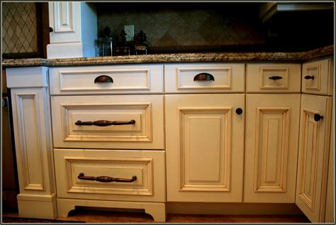 shaker cabinet hardware placement 100 kitchen drawer pull placement kitchen cabinets