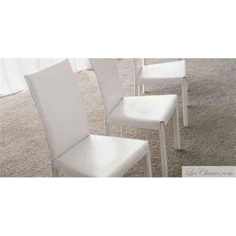 chaise cuir blanc chaises cuir blanc flina et chaise en cuir midj design