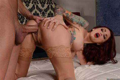 Monique Is A Rammed Fiend Monique Alexander In Delicious Gloves Try Her Booty Sex
