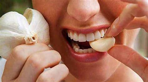 le rem 232 de pour soulager rapidement une rage de dents avec de l ail - Comment Calmer Une Rage De Dent