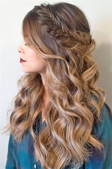 30 Fresh Prom Hairstyles for Long Hair in 2018
