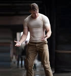 Push Ups And Bench Press by Physical Transformation Of Chris Evans For The Role Of