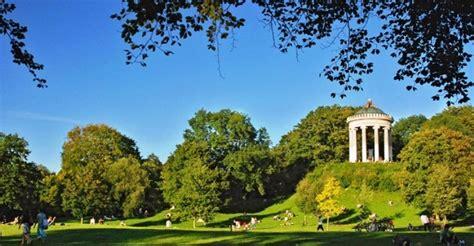 Der Zerbrochene Krug Englischer Garten München by Thomasnitsch De