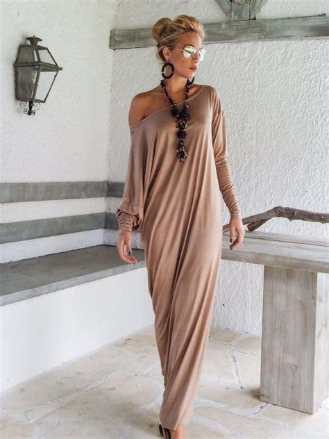 robe beige manche longue robe longue ete beige avec manche longue tombante en coton