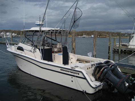 Buy Grady White Boats by Looking To Buy Grady White 300 Marlin Or 265 Express