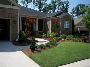 Beautiful Front Yard With Small Rock Garden Design Ideas