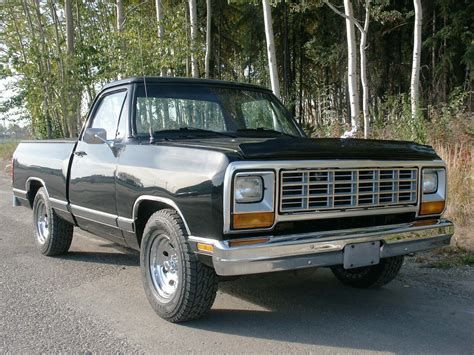 1993 Dodge Ram Wagon Information And Photos Momentcar
