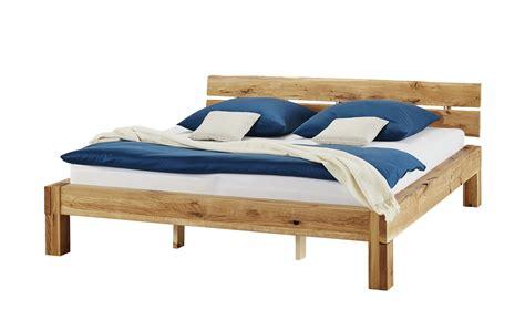waschtrockner höhe 82 cm woodford balkenbett massivholz wildeiche asta breite 222 cm h 246 he 82 cm holzfarben