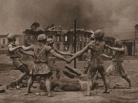 what is the meaning of siege ww2 photo of statue in stalingrad children around an