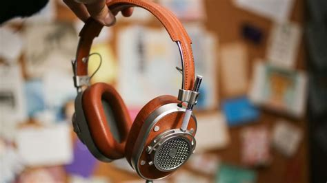 master and dynamic master dynamic mh40 review beautifully crafted rock solid headphones that also sound