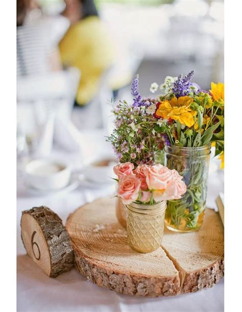 centre de table rondin de bois centre de table nos 20 jolies id 233 es pour un mariage r 233 ussi