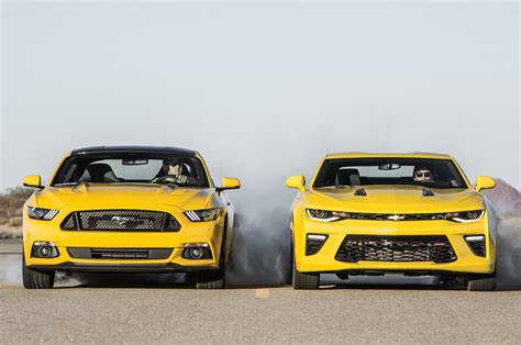 2015 Mustang Vs 2015 Camaro by 2016 Chevy Camaro Ford Mustang Comparo Test Gm Authority