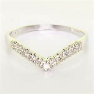 shaped wedding rings v shape wedding ring wedding