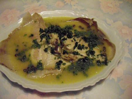cuisiner la raie au beurre noir cuisiner la raie au beurre noir 28 images raie au