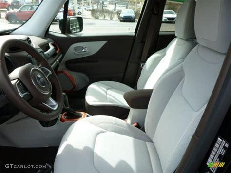 jeep renegade interior colors bark brown ski gray interior 2015 jeep renegade latitude