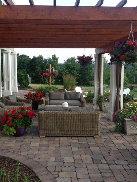pergola and patio pavers