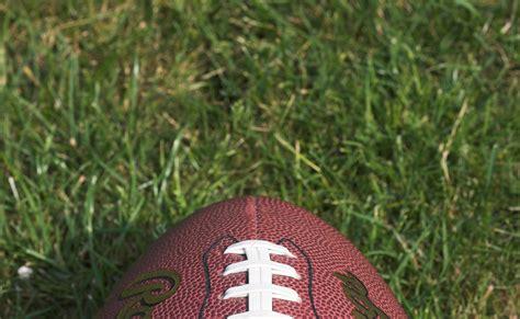 high school football combinescollege athletic scholarship