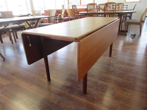harvest dining tables for sale børge mogensen drop leaf oak harvest table for sale at 1stdibs
