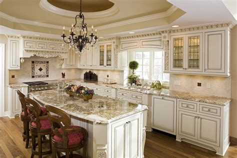 white kitchen cabinets with chocolate glaze kitchen cabinets with chocolate glaze kitchen 2070